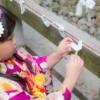 大阪 七五三 出張撮影 おみくじを結ぶ少女